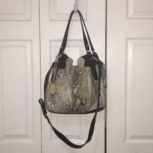 Large Vince Camuto hobo